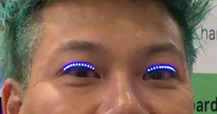 Colour-Changing LED Eyelashes Are Coming, And Here's What They Can Do