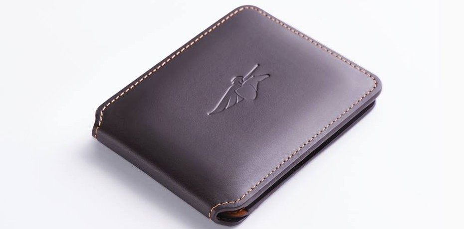 Smart wallet by Armenian Volterman lets you take a picture of who's stealing your money