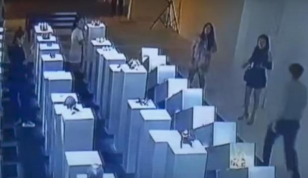 WATCH-Woman Trying to Take Selfie Damages $200,000 Worth of Art