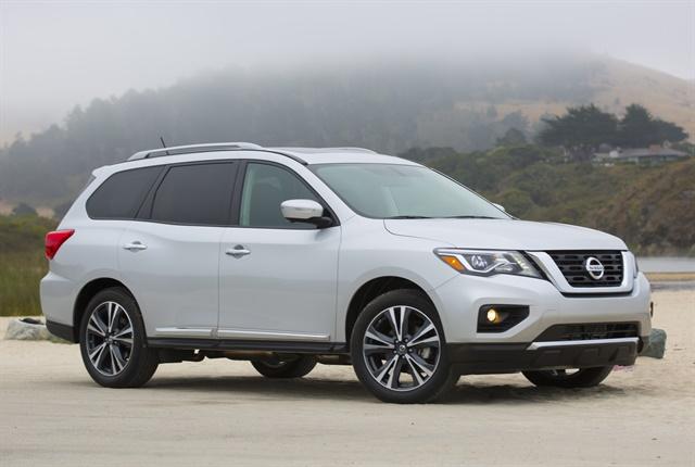 2018 Nissan Pathfinder Priced at $31,765