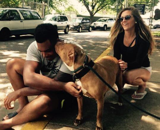 """NFL Player Walks Into Animal Shelter, Asks for a dog that was """"not-so-adoptable"""". Here's Who They Gave Him"""