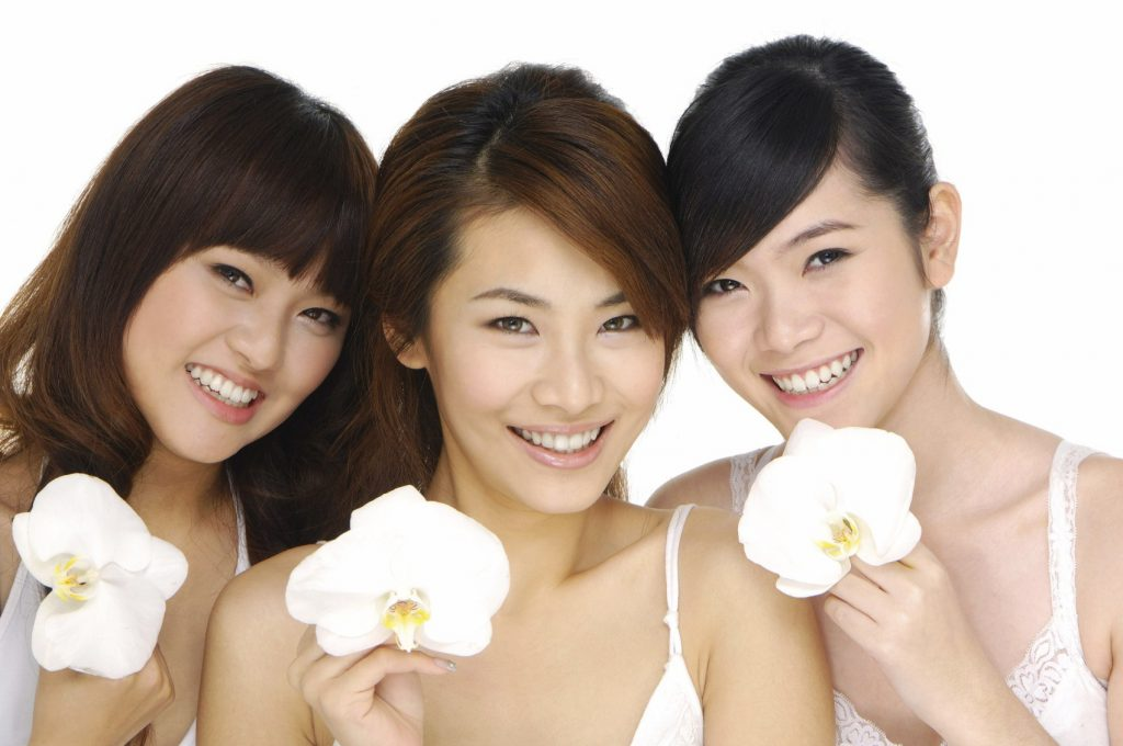 10 MAIN REASONS JAPANESE WOMEN STAY SLIM AND LOOK YOUNGER