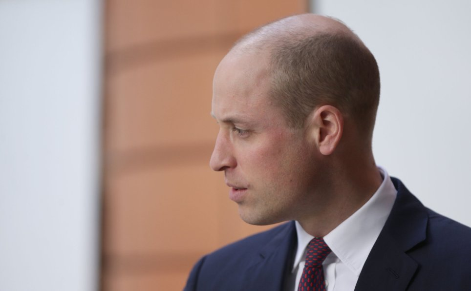 PRINCE WILLIAM DEBUTS NEW HAIR CUT AS HE GREETS KID AT CHILDREN'S HOSPITAL