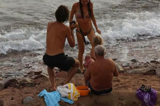 Pregnant Russian Tourist Gives Birth In The Red Sea