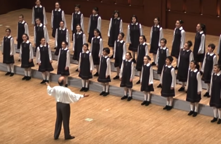 Armenian Little Singers Step Onstage, Moments Later Crowd Hypnotized Hearing Their Angelic Voices