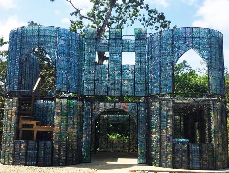 Man Builds  Homes Out Of Plastic Bottles And They Look Perfect