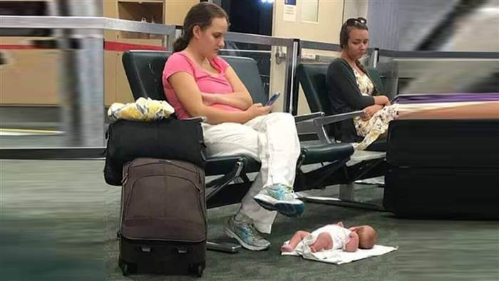 The Real Story Behind This Mom's Viral Photo